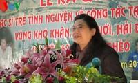 Vizeparlamentspräsidentin Tong Thi Phong empfängt parlamentarische Delegation aus Laos