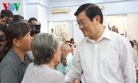 Staatspräsident Truong Tan Sang trifft Wähler in Ho Chinh Stadt