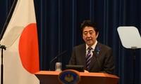 Mehr als 100 japanische Abgeordnete besuchen Yasukuni-Schrein