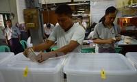Bürger in Myanmar gehen zur Wahl