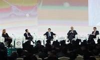 Aktivitäten des Staatspräsidenten Truong Tan Sang beim APEC-Gipfel