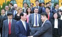 Staatspräsident Tran Dai Quang empfängt ausländische Unternehmer