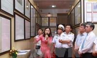 Ausstellung über Hoang Sa und Truong Sa bei der vietnamesischen Marine