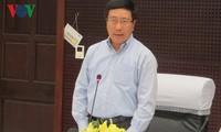 Vizepremierminister Pham Binh Minh überprüft Vorbereitung der APEC-Konferenz in Danang