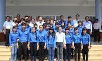 Vizepremierminister Truong Hoa Binh trifft Wähler in Long An