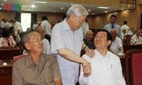 Das Sekretariat der Partei trifft Altspitzenpolitiker in Südvietnam