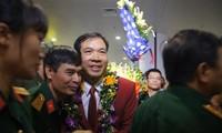 Rückkehr des Sporthelden Hoang Xuan Vinh von den Olympischen Spielen
