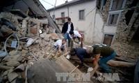 Mindestens 247 Menschen kamen bei Erdbeben in Italien ums Leben