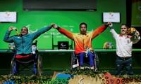 Gold und Weltrekord für Gewichtheber Le Van Cong bei Paralympics 2016