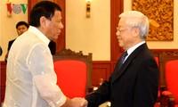 KPV-Generalsekretär Nguyen Phu Trong empfängt Präsident der Philippinen