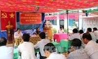 Abgeordnete treffen Wähler vor Herbstsitzung des Parlaments