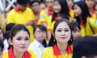 """Mehrere tausend Schüler und Studenten in Ho Chi Minh Stadt nehmen am """"Freiwilligen Frühling"""" teil"""