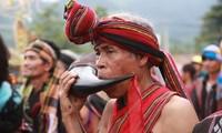 Folkloristische Musikkunst der Volksgruppe der Pa ko