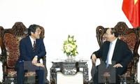 Premierminister Nguyen Xuan Phuc empfängt Japans Botschafter in Vietnam