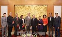 Hoang Binh Quan empfängt eine Delegation aus Österreichei