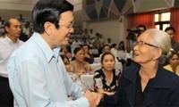ประธานประเทศ Trương Tấn Sang ลงพื้นที่พบปะกับผู้มีสิทธิ์เลือกตั้งเขต 4 นครโฮจิมินห์