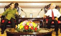 รองนายกรัฐมนตรีลาว สมสะหวัด เลงสะหวัดเยือนเวียดนาม