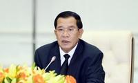 นายกรัฐมนตรีกัมพูชาเตือนว่า แผนกุศโลบายโค่นล้มรัฐบาลเป็นสิ่งที่ไม่สามารถยอมรับได้