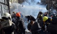 ประธานาธิบดียูเครนกล่าวหากองกำลังฝ่ายค้านล้ำเส้น