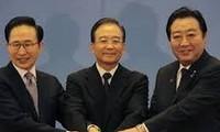 จีน ญี่ปุ่นและสาธารณรัฐเกาหลีเริ่มการเจรจารอบที่4เกี่ยวกับ FTA