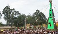 ประธานแนวร่วมปิตุภูมิเวียดนามอวยพรผู้ที่มีสมณศักดิ์และพุทธศาสนิกชน หว่าห๋าว