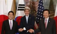 สหรัฐ ญี่ปุ่นและสาธารณรัฐเกาหลีร่วมมือแก้ไขปัญหาสาธารณรัฐประชาธิปไตยประชาชนเกาหลี