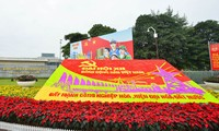 ประชาชนเวียดนามทุกหมู่เหล่ามุ่งใจสู่การประชุมสมัชชาใหญ่พรรคสมัยที่ 12