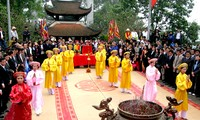 งานสักการะบูชาบรรพกษัตริย์หุ่งและเทศกาลวิหารหุ่งปีวอก2016