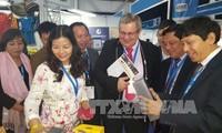 เวียดนามเข้าร่วมงานแสดงสินค้า SAITEX แอฟริกาใต้ 2016