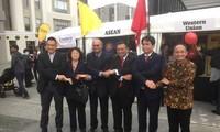เวียดนามเข้าร่วมงานแสดงสินค้าราตรีอาเซียน 2017 ณ นิวซีแลนด์