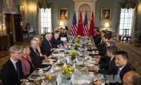 จีนและสหรัฐสนทนาด้านความมั่นคงและการทูต