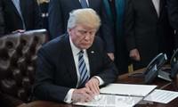 ประธานาธิบดีสหรัฐยกเลิกโครงการคุ้มครองผู้อพยพวัยเยาว์ที่เดินทางเข้าสหรัฐหรือDACA
