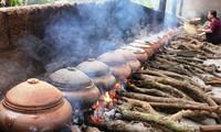 ความคึกคักในช่วงตรุษเต๊ตของหมู่บ้านทำปลาต้มเค็มหวูด่าย