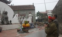หมู่บ้านดิกหวีและประเพณีบูชาสุนัขหิน