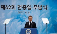 South Korea urges Pyongyang to return detainees