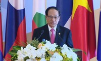 ASEAN Secretary General calls for member states to balance short-term and long-term interests