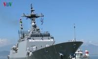RoK naval ships visit Da Nang
