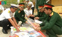 Tet gifts and goods ready for Truong Sa island district