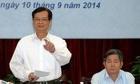 PM: business licensing in no more than two days
