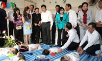 President extends Tet greetings in Cu Chi district
