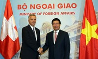 Switzerland seeks stronger cooperation with Vietnam