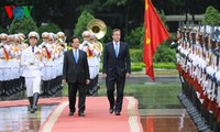 Vietnam, UK agree to deepen strategic partnership