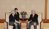 Party leader meets Japanese Emperor