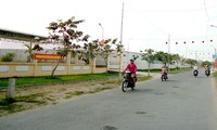 Women in Phong Dien contribute to new rural development