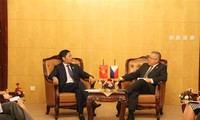 越南和菲律宾考虑签署2017至2020年大米贸易协议