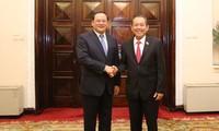 越南政府副总理张和平与老挝政府副总理宋赛举行会谈