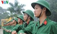 越南国防部举行庆祝越南人民军建军节和全民国防日招待会