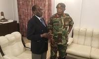 Zimbabwe: des partisans de Mugabe lui demandent de partir