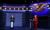 Клинтон и Трамп продолжают сражение в штатах Флорида, Огайо и Арезона