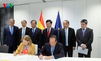 Вьетнам приветствует испанских инвесторов